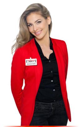 Fotografía mecánico mujer con uniforme y placa identificativa