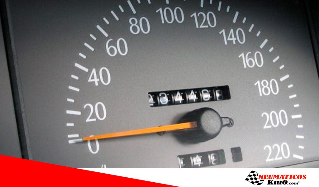 Neumáticos-de-acuerdo-con-su-código-de-velocidad